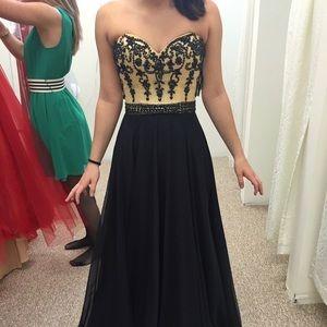 Sherri Hill Long Prom Dress